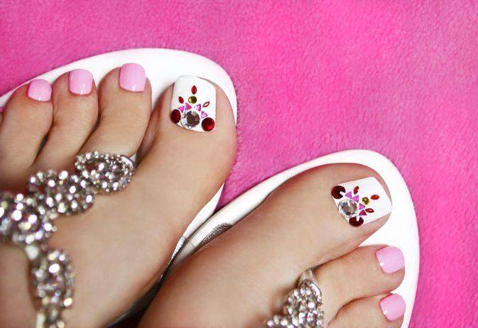 Дизайн ногтей на ногах гель лак