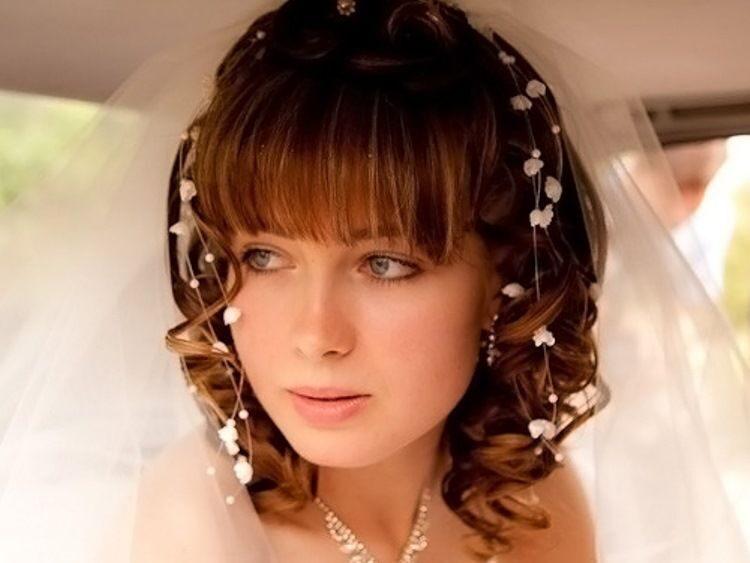 Свадебная прическа на короткие волосы с фатой 2017-2018